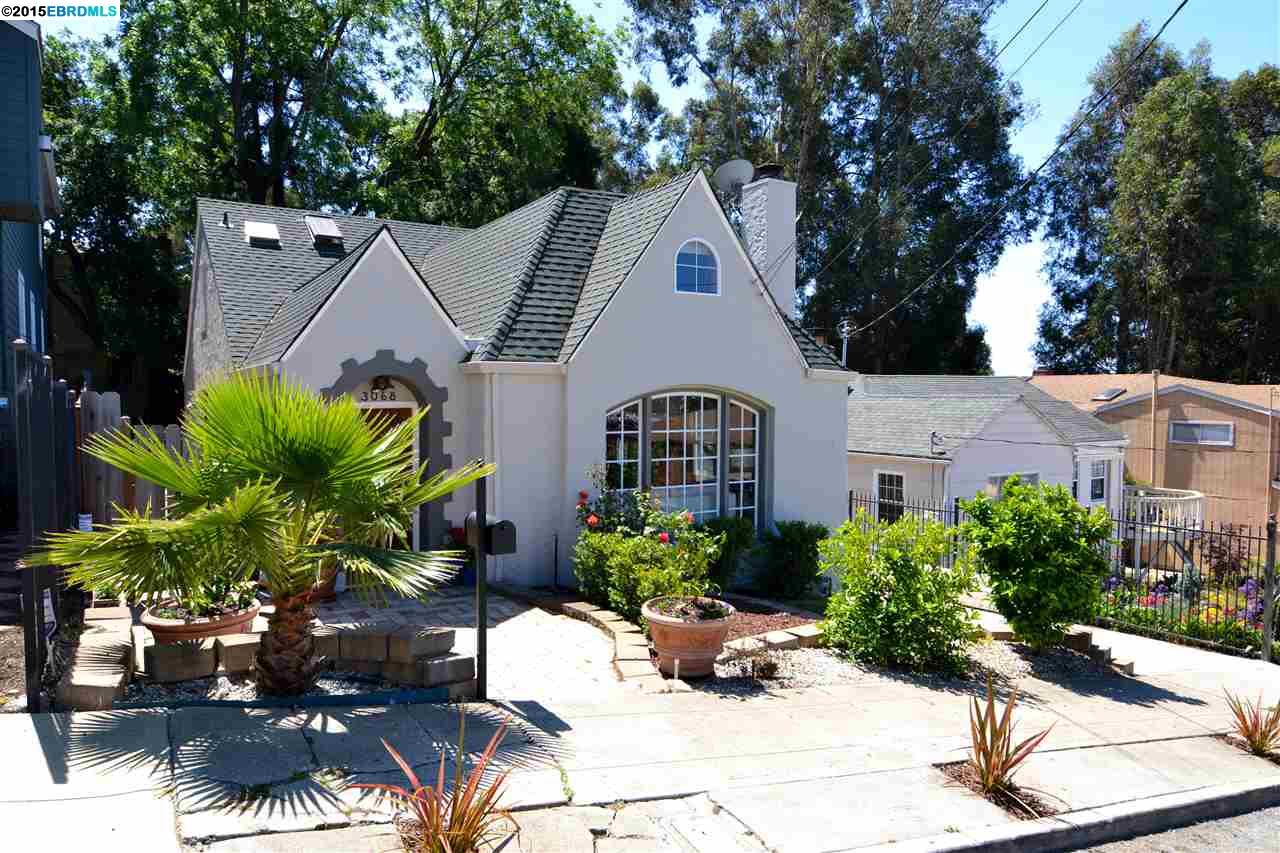 Single Family Home for Sale at 3068 TULLY Place Oakland, California 94605 United States
