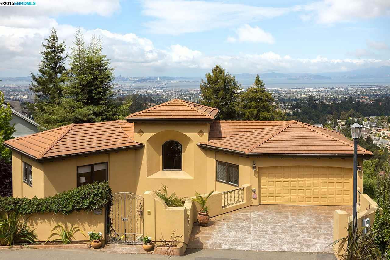 Casa Unifamiliar por un Venta en 6257 VIRGO Road Oakland, California 94611 Estados Unidos