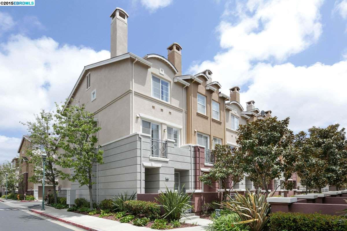 Additional photo for property listing at 22657 Town Drive  Hayward, 加利福尼亞州 94541 美國