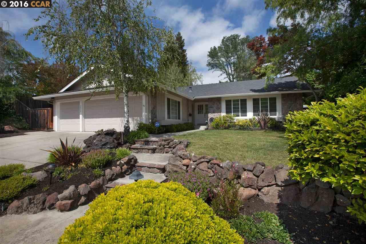 Casa Unifamiliar por un Venta en 2826 TROTTER WAY Walnut Creek, California 94596 Estados Unidos