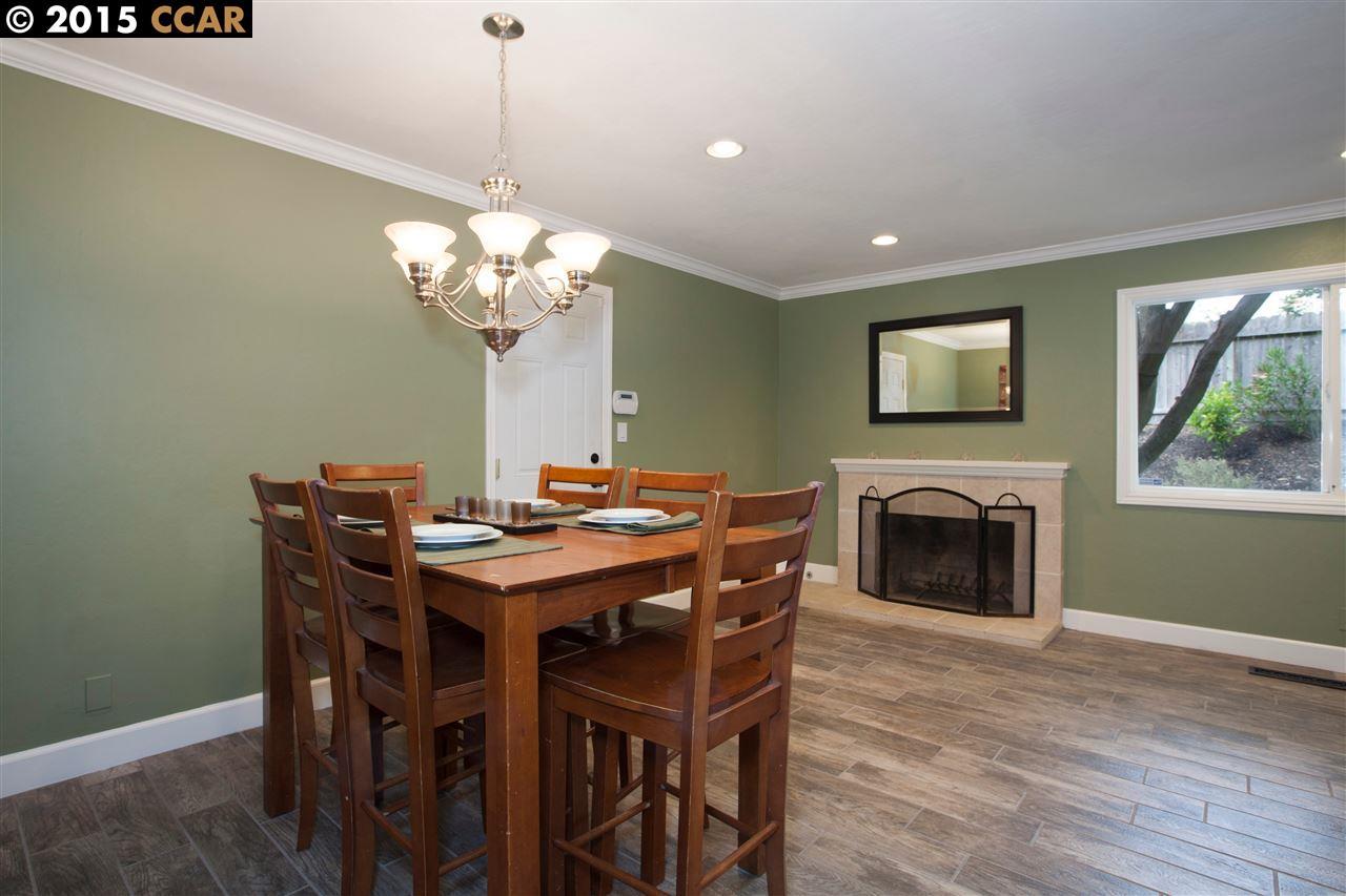 واحد منزل الأسرة للـ Sale في 2826 TROTTER WAY Walnut Creek, California 94596 United States