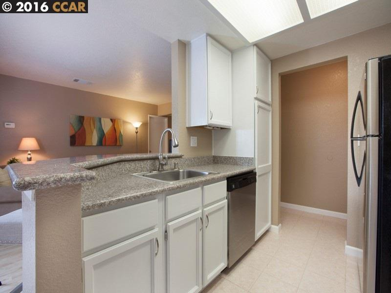 Additional photo for property listing at 2523 LUCY Lane  Walnut Creek, California 94595 United States