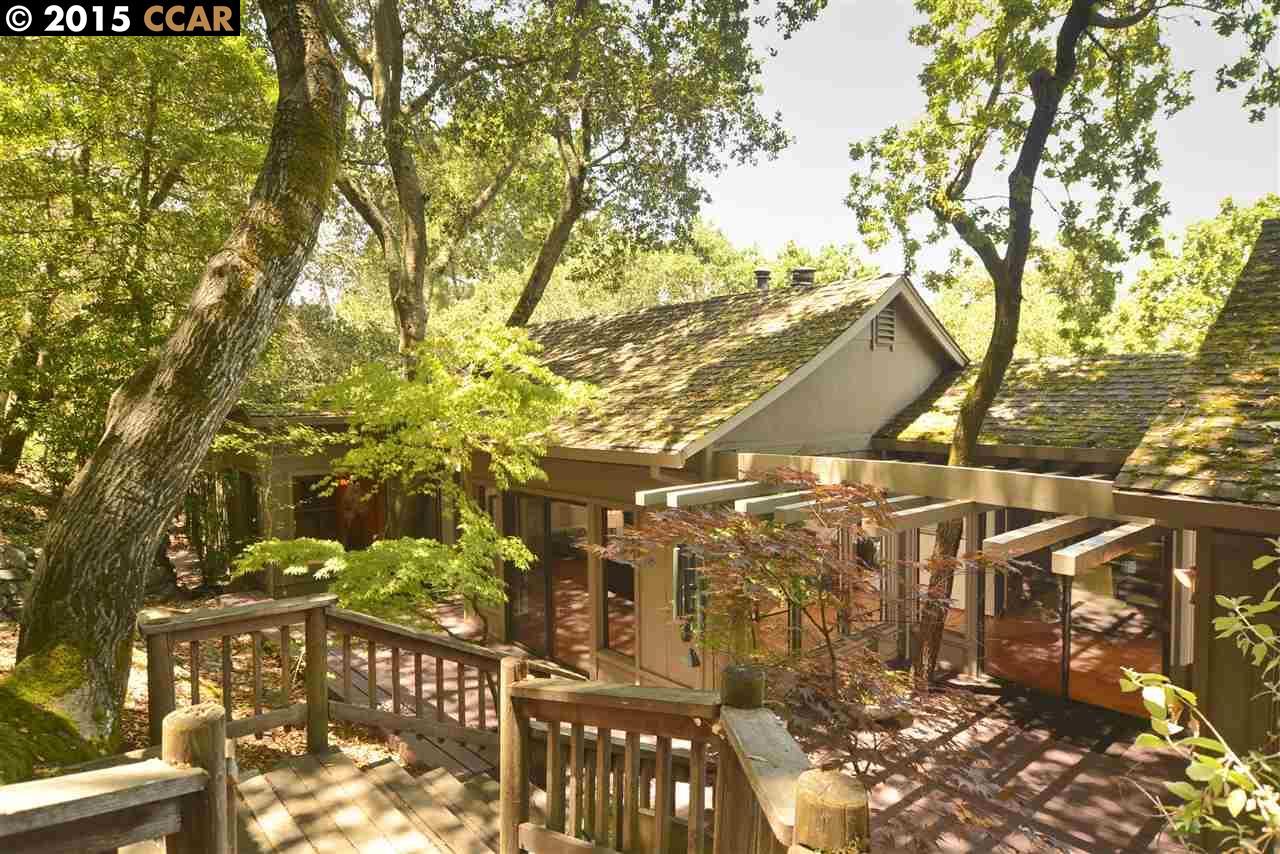 Additional photo for property listing at 4036 Valente Drive  Lafayette, California 94549 Estados Unidos