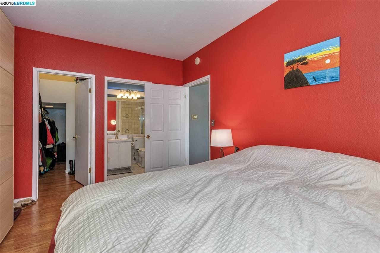 Additional photo for property listing at 2501 DANA Street  Berkeley, California 94704 Estados Unidos