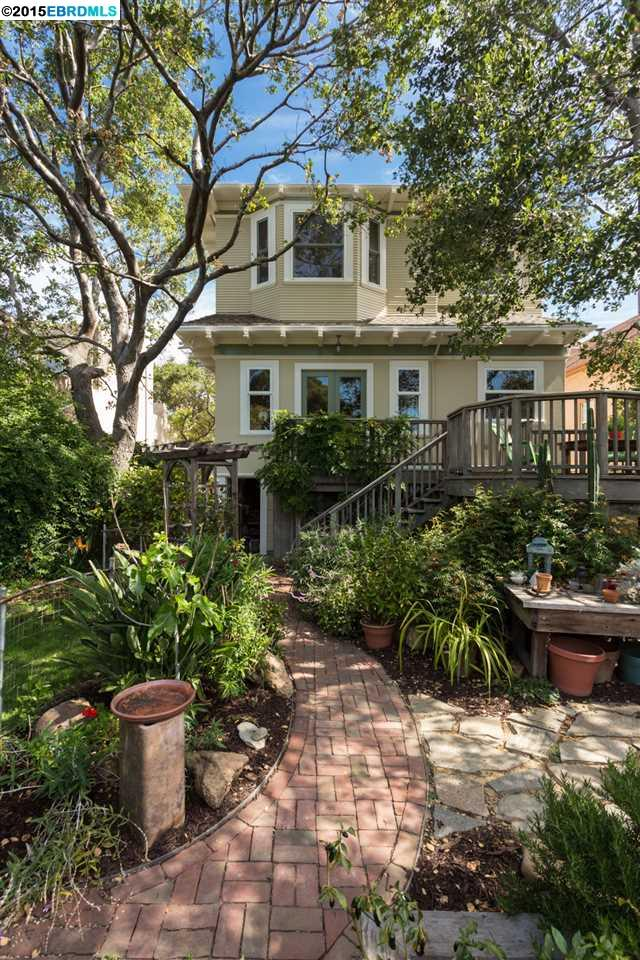 Additional photo for property listing at 381 38th Street  Oakland, California 94609 United States