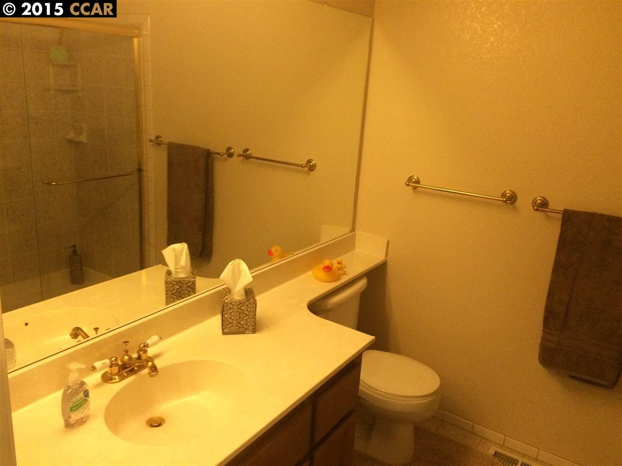 Additional photo for property listing at 98 SOUTHWIND Drive  Pleasant Hill, California 94523 United States