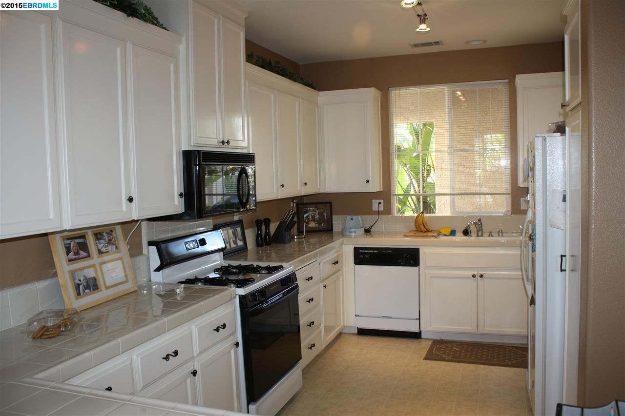 Additional photo for property listing at 615 SUMMERWOOD Drive  Brentwood, 加利福尼亞州 94513 美國