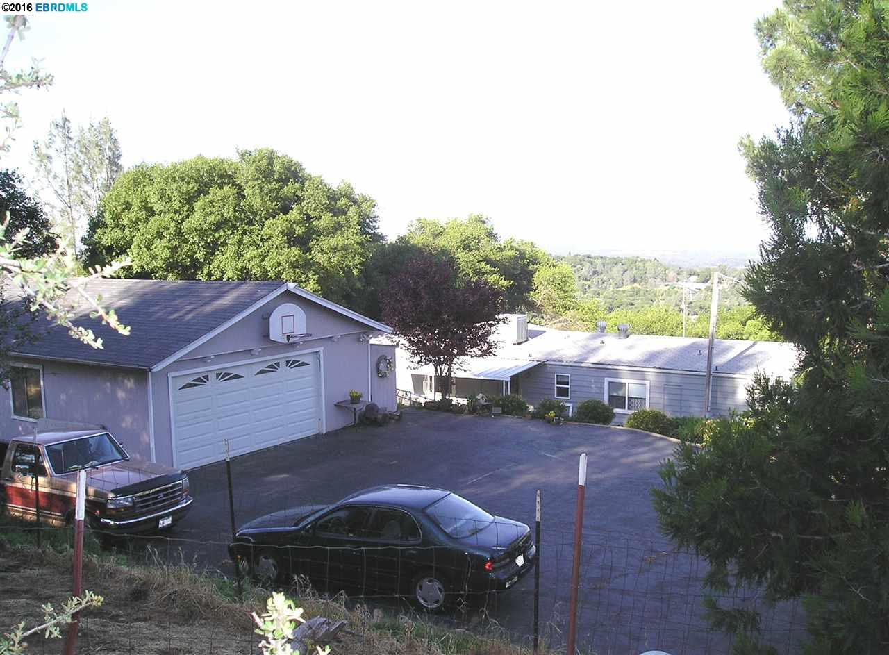 Single Family Home for Sale at 42 Peak View Drive Oroville, California 95966 United States