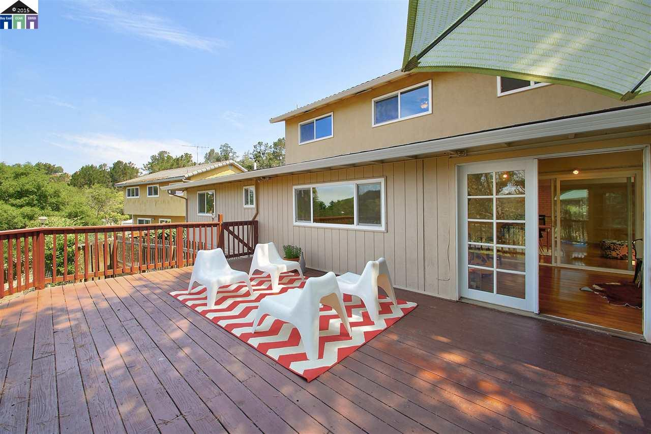 Additional photo for property listing at 4940 Stacy  Oakland, California 94605 United States