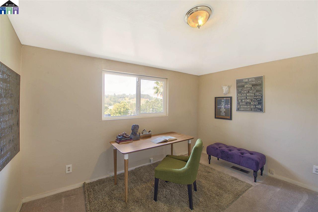 Additional photo for property listing at 4940 Stacy  Oakland, California 94605 Estados Unidos
