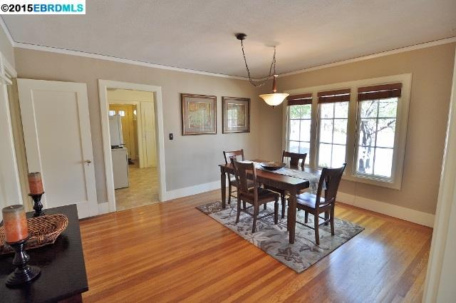Additional photo for property listing at 3175 KINGSLAND Avenue  Oakland, California 94619 United States