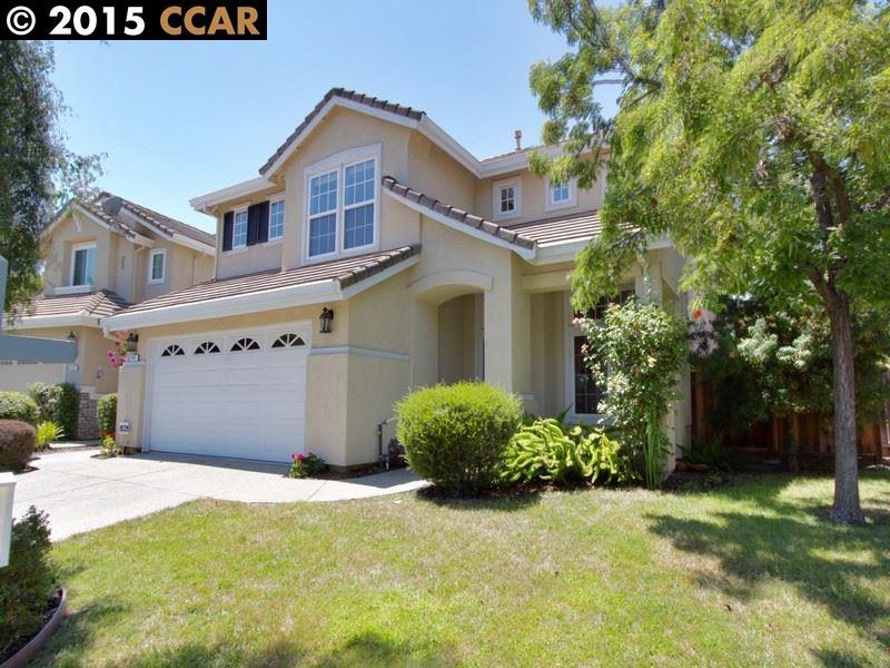 Maison unifamiliale pour l Vente à 511 Blackstone Court Danville, Californie 94506 États-Unis