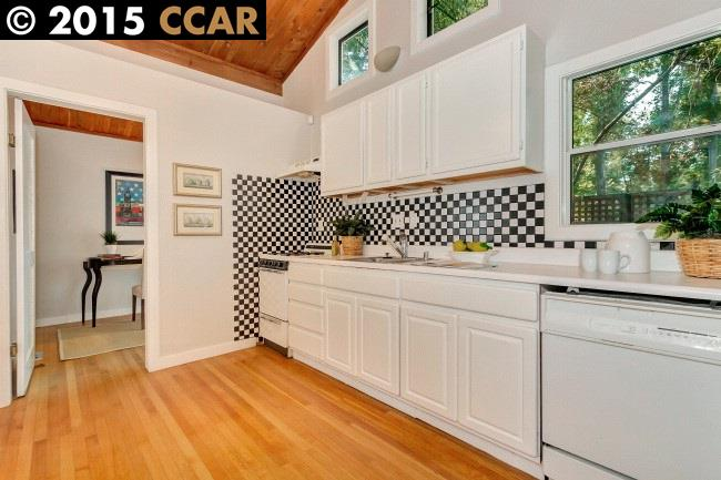 Additional photo for property listing at 2204 ASHBY Avenue  Berkeley, California 94705 United States