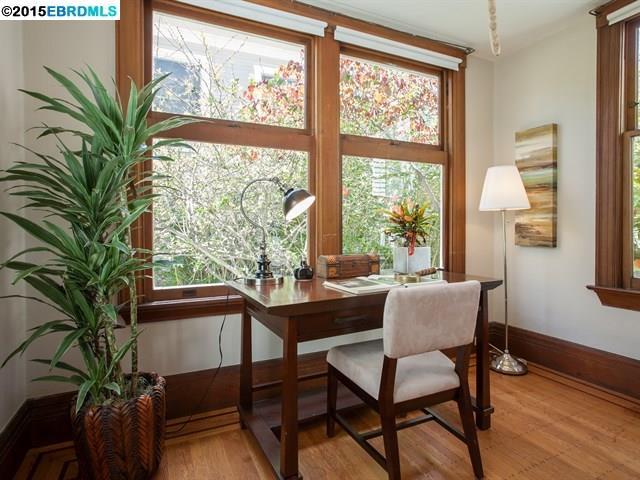 Additional photo for property listing at 2601 Hillegass Avenue  Berkeley, Kalifornien 94704 Vereinigte Staaten