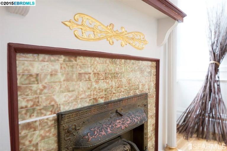 Additional photo for property listing at 2620.5 Sutter Street  San Francisco, California 94110 Estados Unidos