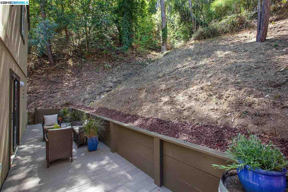 Additional photo for property listing at 6467 VALLEY VIEW Road  Oakland, Kalifornien 94611 Vereinigte Staaten