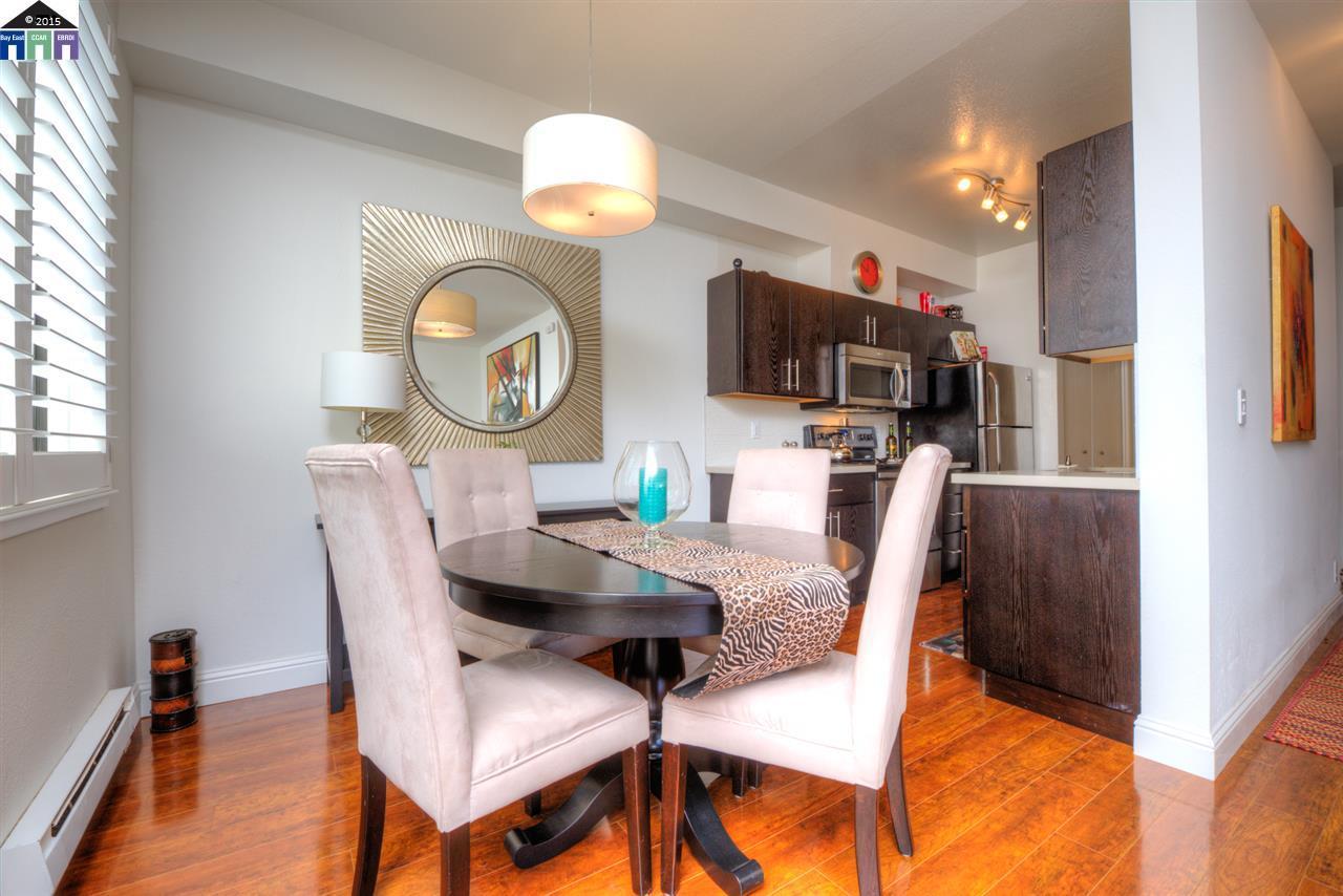 Additional photo for property listing at 217 Lakeshore Court  Richmond, Kalifornien 94804 Vereinigte Staaten