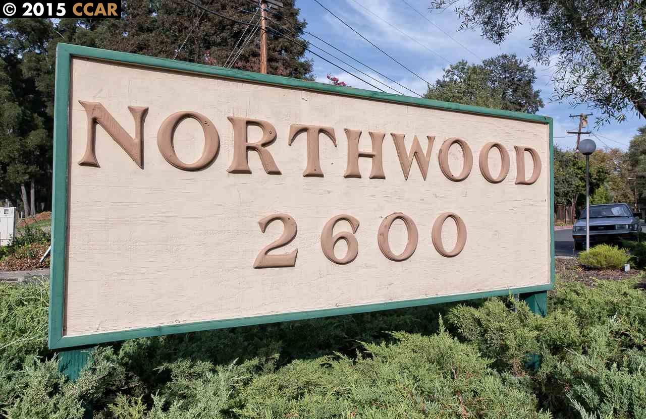 Einfamilienhaus für Verkauf beim 2600 JONES Road Walnut Creek, Kalifornien 94597 Vereinigte Staaten