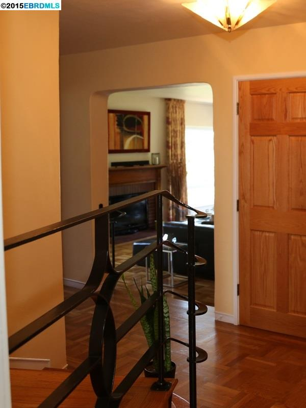 Additional photo for property listing at 4191 Mountain View Avenue  Oakland, カリフォルニア 94605 アメリカ合衆国