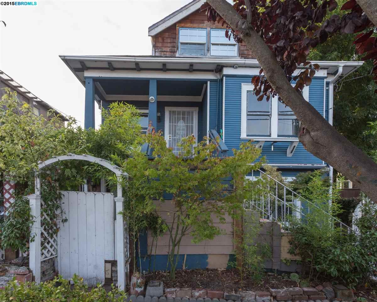 Additional photo for property listing at 2214 Russell  Berkeley, California 94705 United States