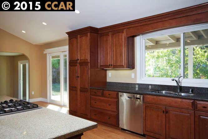 Additional photo for property listing at 825 AVALON Avenue  Lafayette, Kalifornien 94549 Vereinigte Staaten