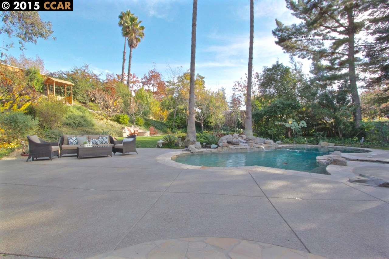 Casa Unifamiliar por un Venta en 231 ALICANTE Place Danville, California 94526 Estados Unidos