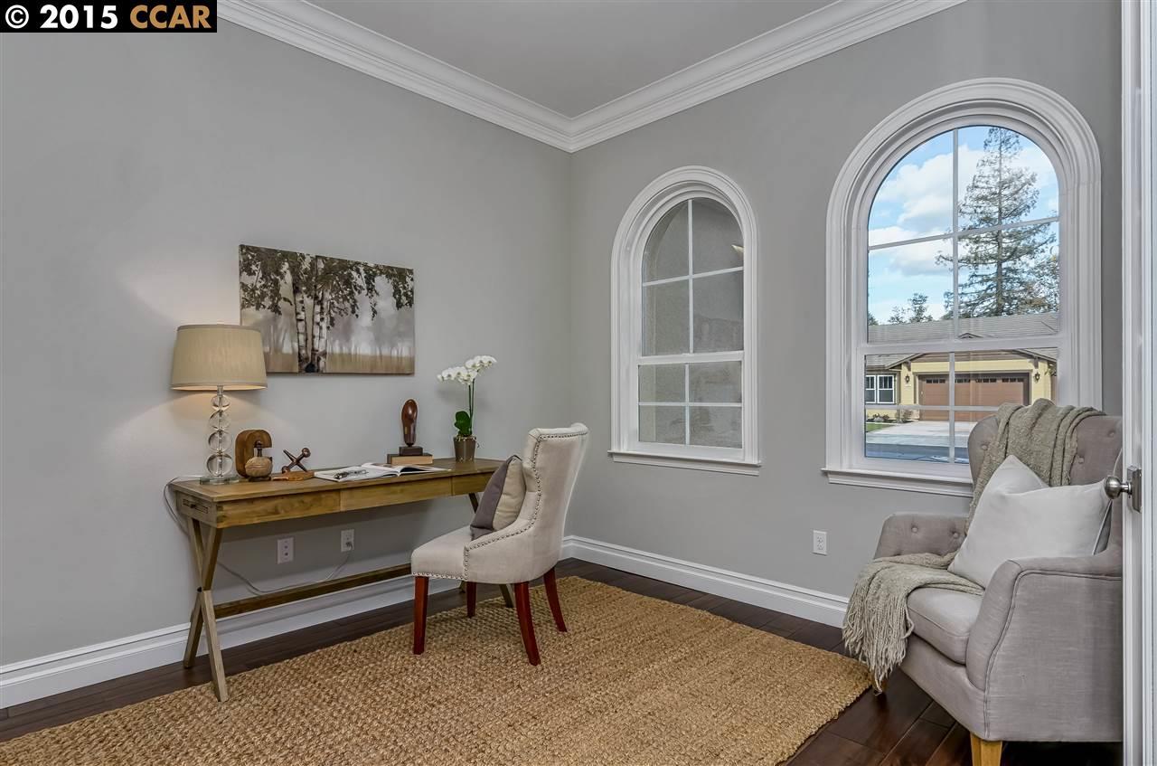 Additional photo for property listing at 893 Amberwood Court  Walnut Creek, Californie 94598 États-Unis