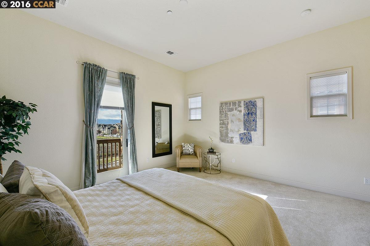 Additional photo for property listing at 3663 CENTRAL PKWY  Dublin, Californie 94568 États-Unis