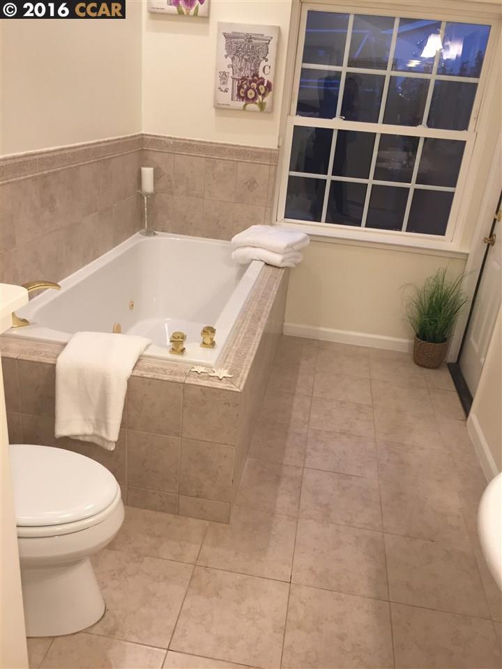 Additional photo for property listing at 1366 BALHAN Drive  Concord, Калифорния 94521 Соединенные Штаты