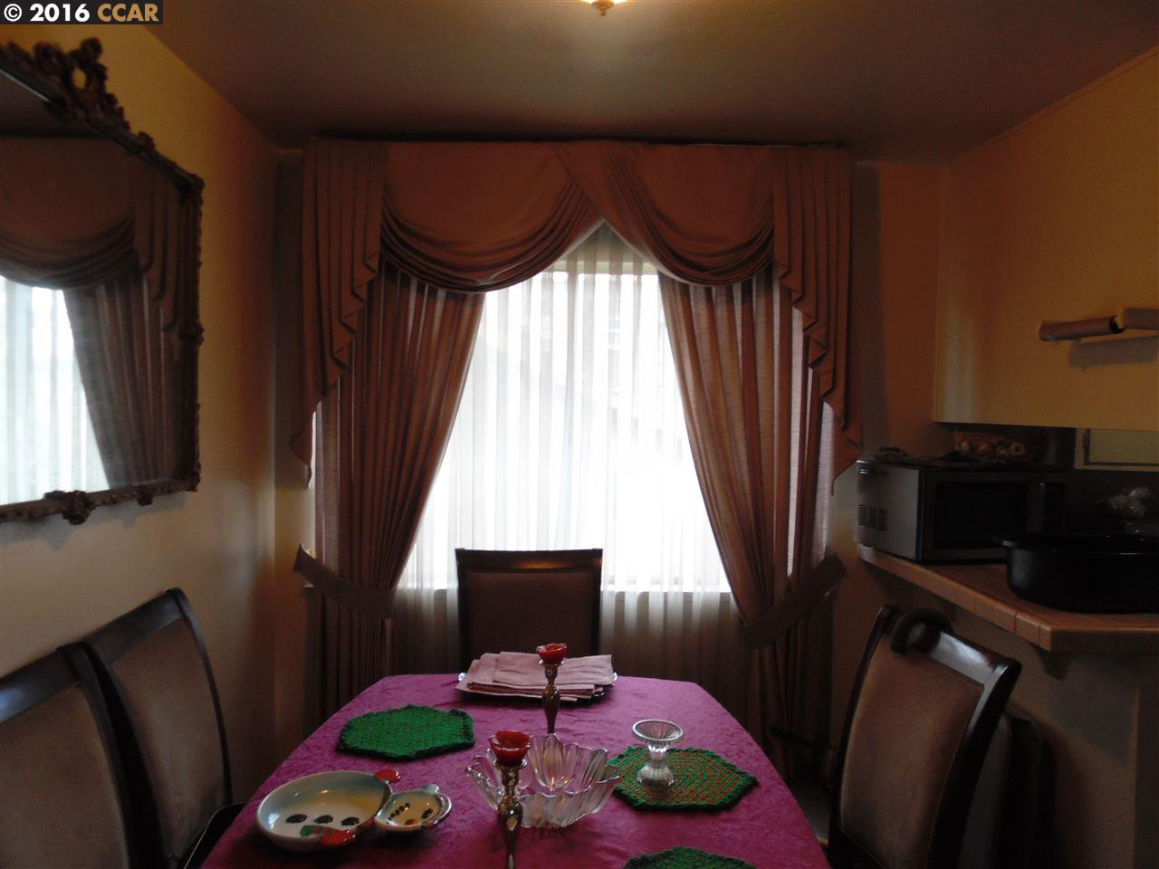 Additional photo for property listing at 2520 10th Avenue  Oakland, Kalifornien 94606 Vereinigte Staaten