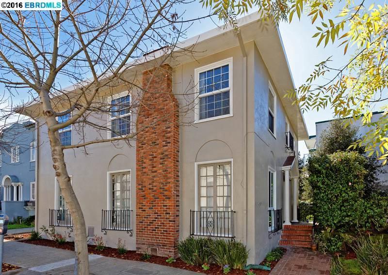 Многосемейный дом для того Продажа на 2704 Webster Street Berkeley, Калифорния 94705 Соединенные Штаты