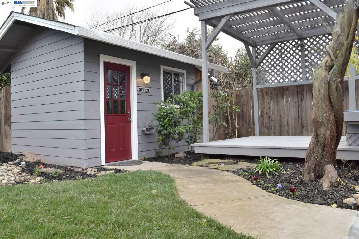 Additional photo for property listing at 1026 Sheridan Way  Stockton, California 95207 United States