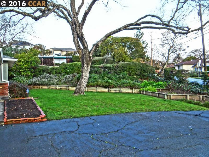 Maison unifamiliale pour l Vente à 2225 OVERLOOK Drive Walnut Creek, Californie 94597 États-Unis