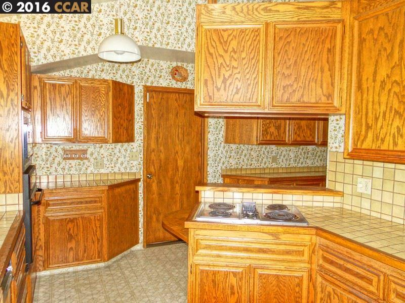Additional photo for property listing at 2225 OVERLOOK Drive  Walnut Creek, Californie 94597 États-Unis