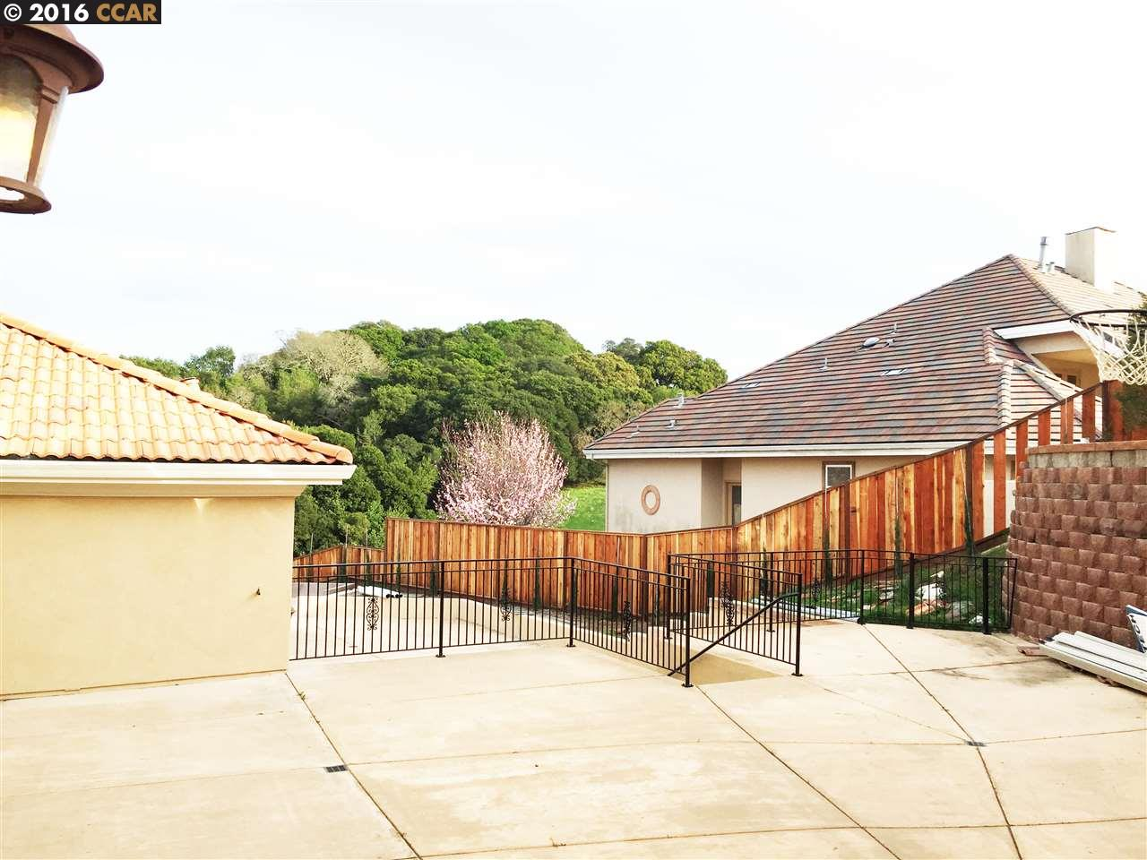 Additional photo for property listing at 1026 TURQUOISE Drive  Hercules, Kalifornien 94547 Vereinigte Staaten