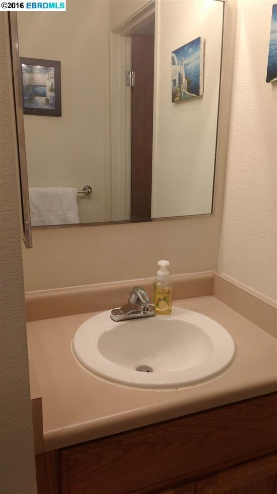 Additional photo for property listing at 2505 MIRAMAR Avenue  Castro Valley, California 94546 United States
