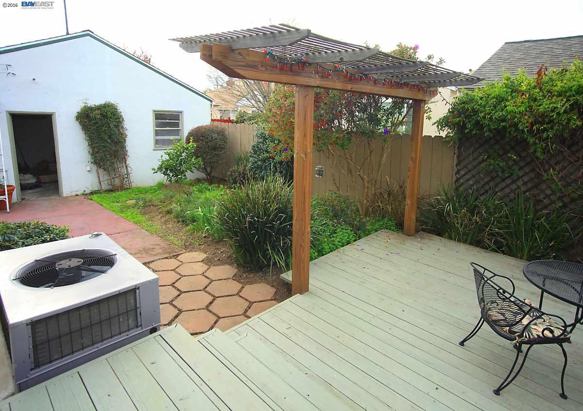 Additional photo for property listing at 220 LEXINGTON Avenue  San Leandro, California 94577 United States