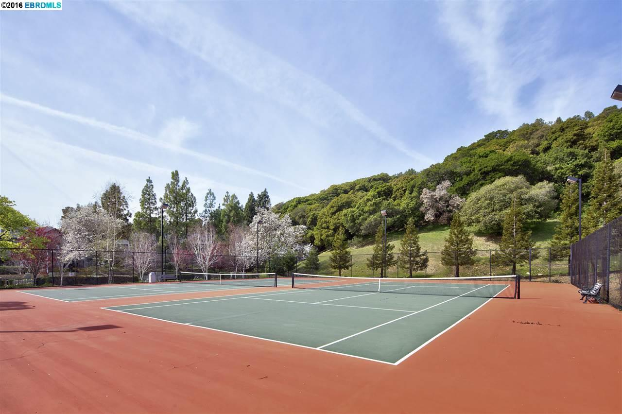 Additional photo for property listing at 515 Canyon Oaks Drive  Oakland, カリフォルニア 94605 アメリカ合衆国