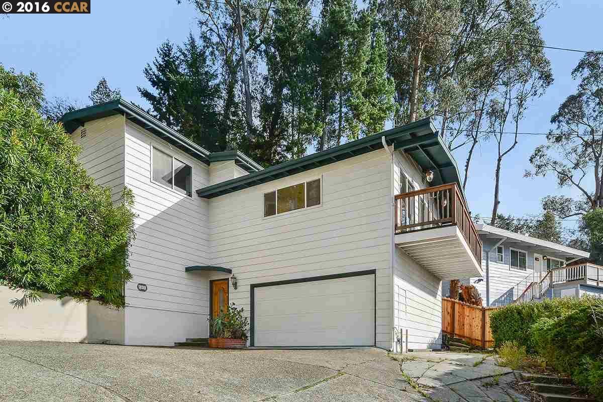 Casa Unifamiliar por un Venta en 40 WESTWOOD Court Oakland, California 94611 Estados Unidos