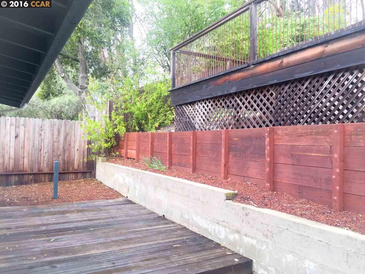 Additional photo for property listing at 40 WESTWOOD Court  Oakland, Kalifornien 94611 Vereinigte Staaten