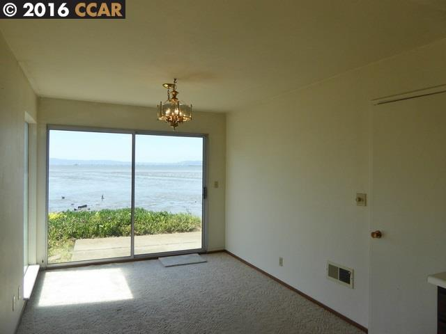 Additional photo for property listing at 13065 NEPTUNE Drive  San Leandro, California 94577 United States