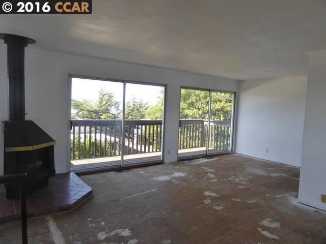 Additional photo for property listing at 13065 Neptune Drive  San Leandro, Californie 94577 États-Unis