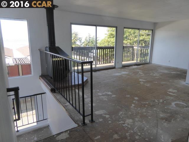 Additional photo for property listing at 13065 Neptune Drive  San Leandro, カリフォルニア 94577 アメリカ合衆国