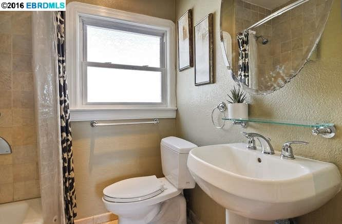 Additional photo for property listing at 4728 MELDON Avenue  Oakland, California 94619 United States