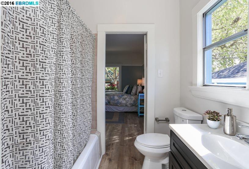 Additional photo for property listing at 2912 King Street  Berkeley, Kalifornien 94703 Vereinigte Staaten