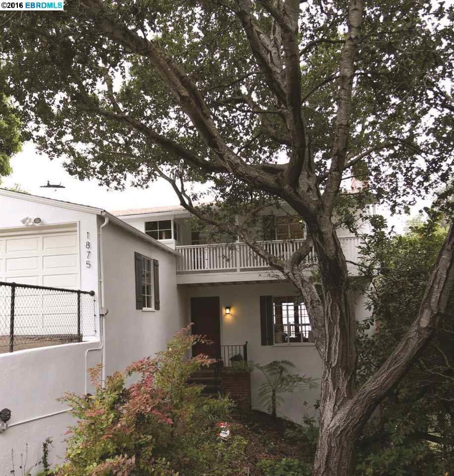 一戸建て のために 売買 アット 1875 DriveAKE Drive Oakland, カリフォルニア 94611 アメリカ合衆国