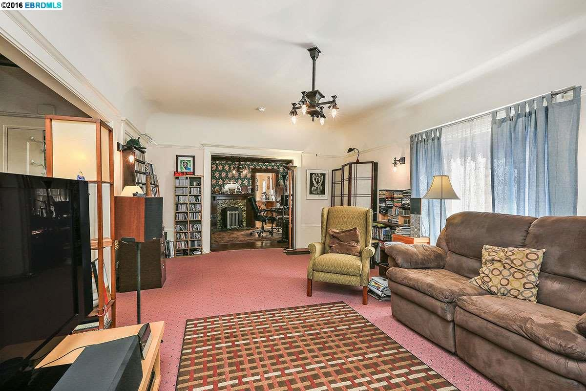 Additional photo for property listing at 2919 Otis Street  Berkeley, Californie 94703 États-Unis
