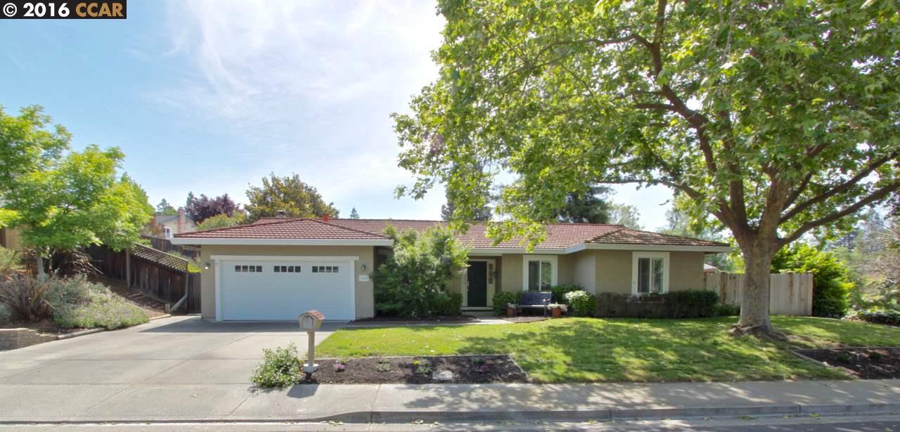 獨棟家庭住宅 為 出售 在 300 Borica Drive Danville, 加利福尼亞州 94526 美國