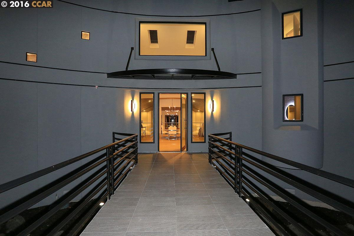 Additional photo for property listing at 201 S Ridge Court  Danville, Калифорния 94506 Соединенные Штаты