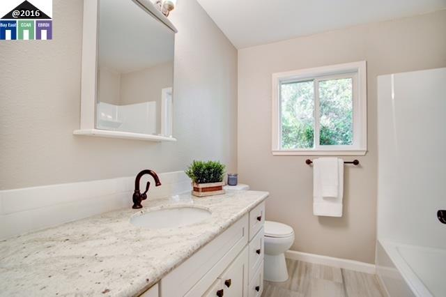 Additional photo for property listing at 1770 ROXBURY Drive  Concord, Kalifornien 94519 Vereinigte Staaten